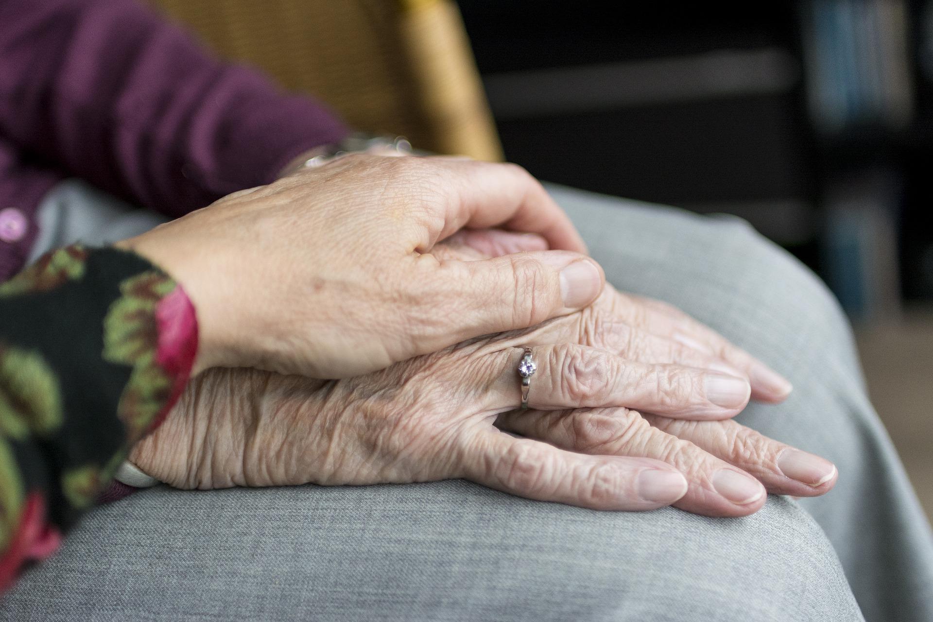 Senioren und Pflege